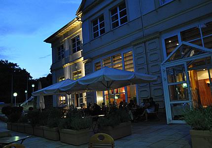 Rueda-Fisch-Menü in der Orangerie im Stadtpark in Bochum